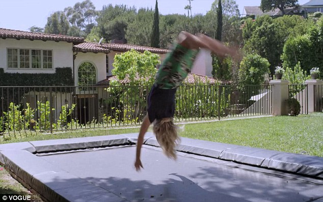 Reese-Witherspoon-backflip.