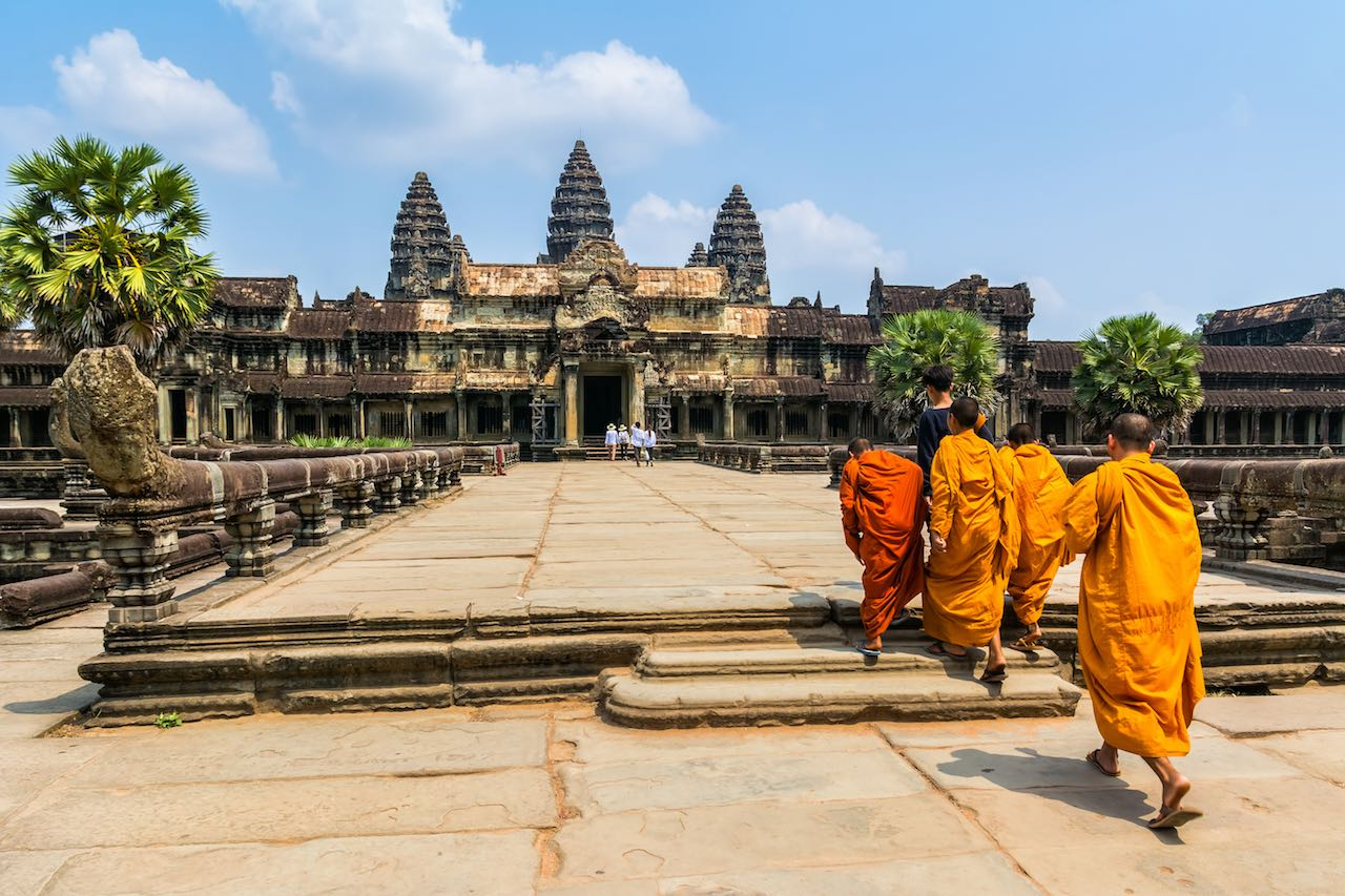 A Complete Guide to Visiting Angkor Wat | LightWorkers