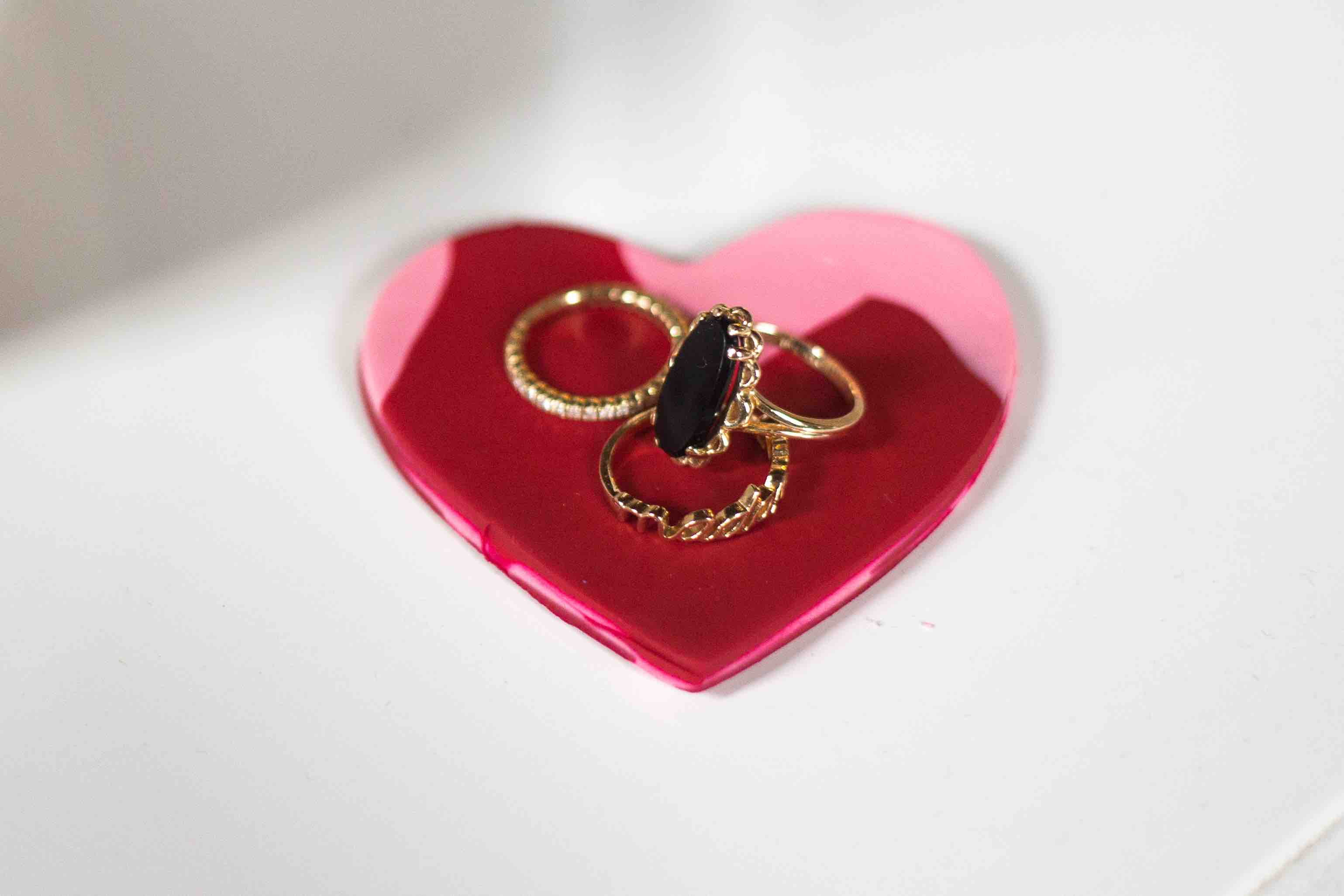 LightWorkers Heart-Shaped Jewelry Tray: This Valentine's Day DIY Is the Perfect Gift.