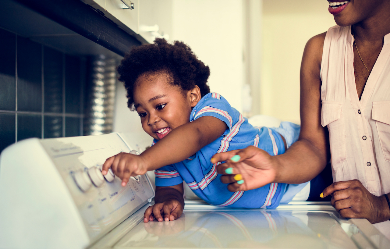 How-to-Start-Having-Your-Children-Contribute-to-Family-Life-LightWorkers-3