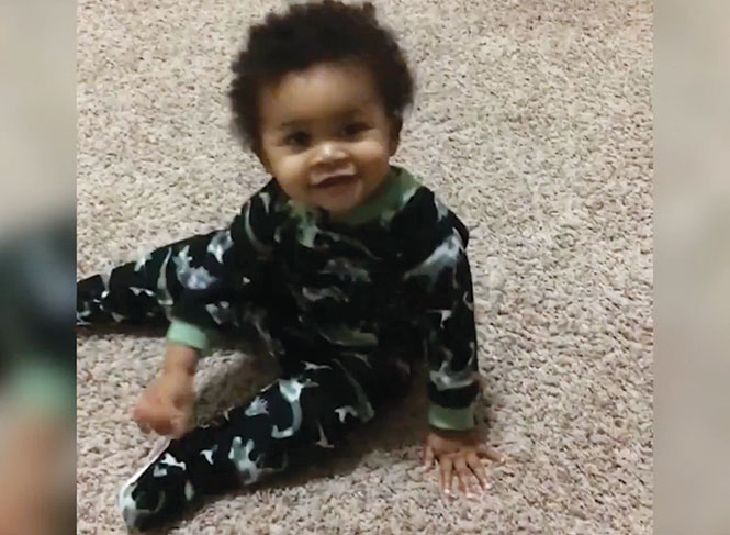 Adorable Baby and Dad Have an Unbelievable Dance Off