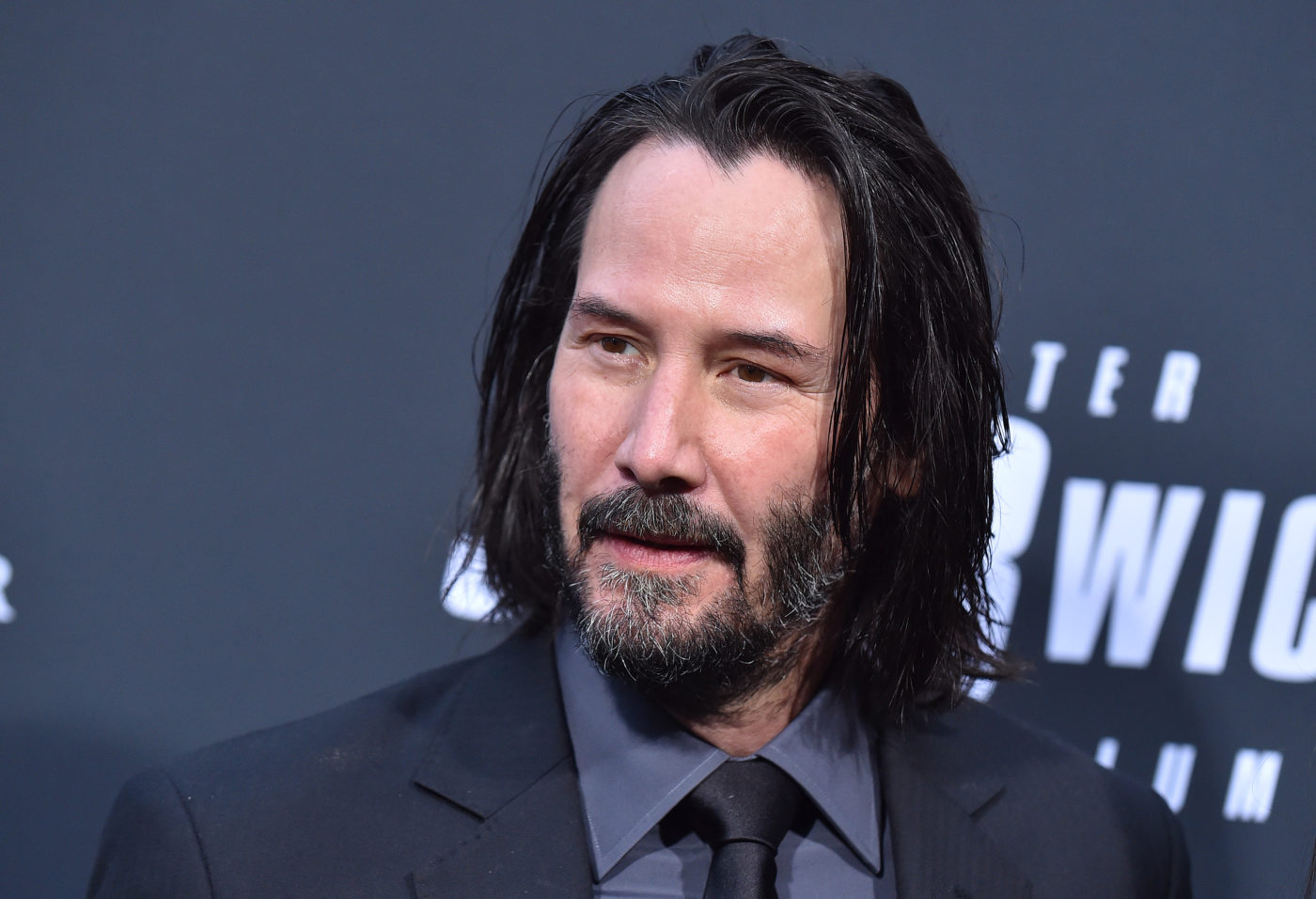 LightWorkers Did You Know That Keanu Reeves Discreetly Donates to Children's Hospitals?