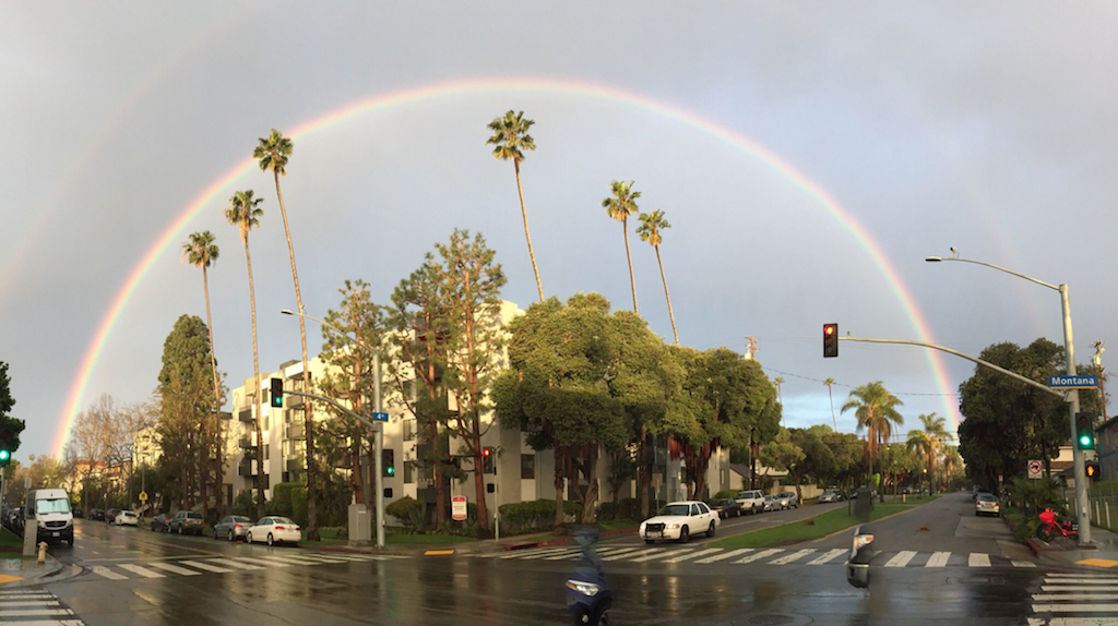 Image of the rainbow that appeared of LA